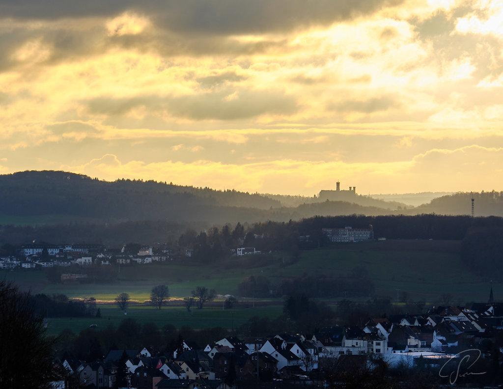 Blick von Offheim zur Schaumburg